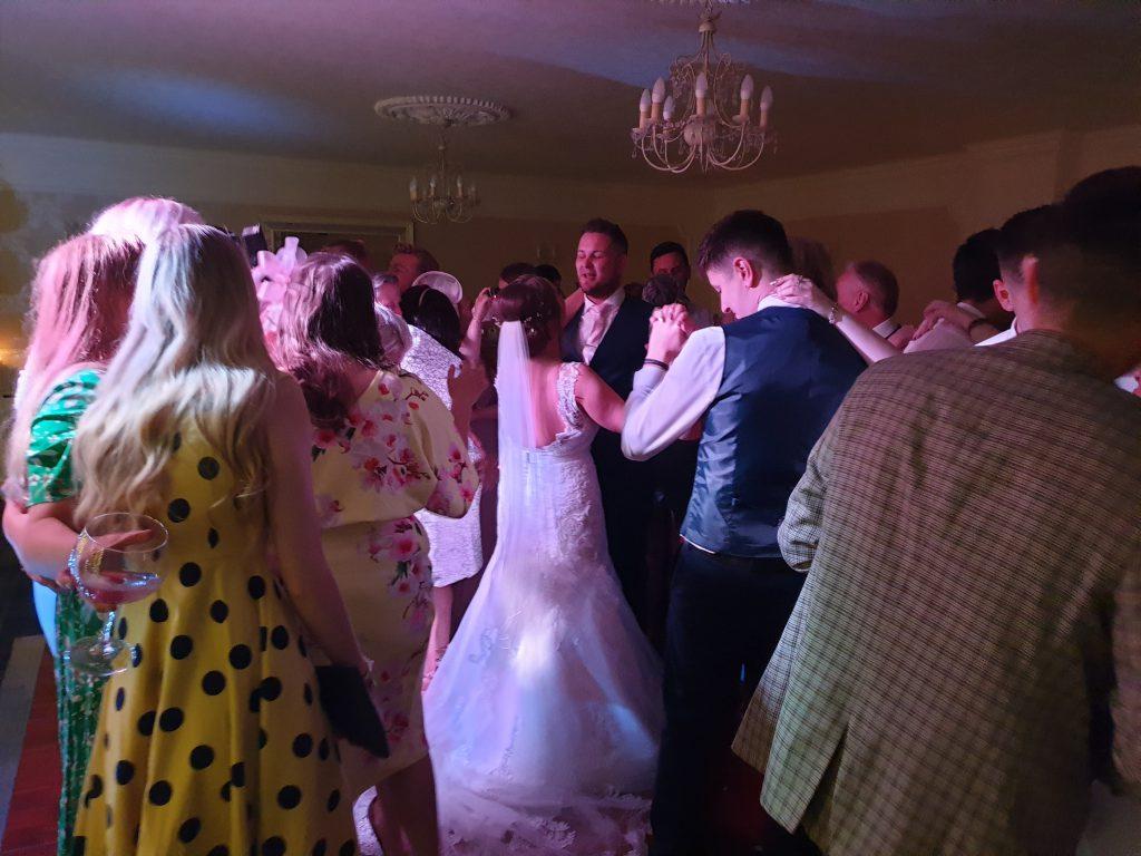 singleton lodge wedding dj