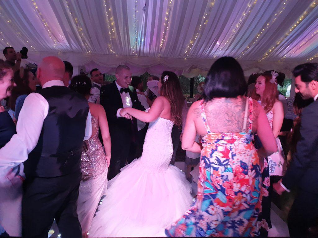 villa levens wedding dj