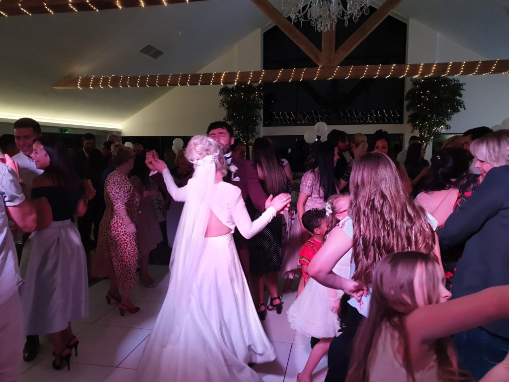 staining lodge wedding dj